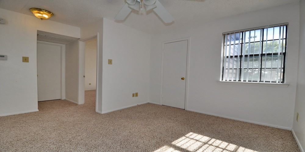 LakeHill Townhomes 1 Bedrooms, Townhome, For Rent, Listing ID 1022