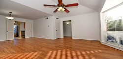 1 Bedrooms, Condominium, For Rent, 1 Bathrooms, Listing ID 1049, Dallas, Texas, United States, 75205,